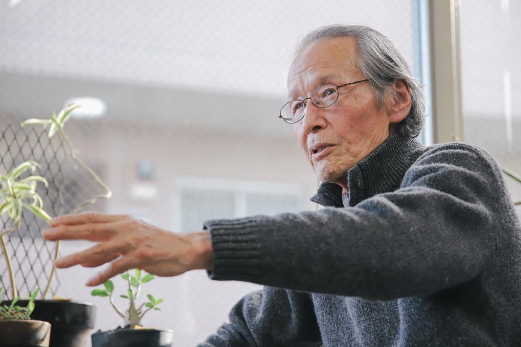 ikezumi-san photo with chigasaki iitabi news paper