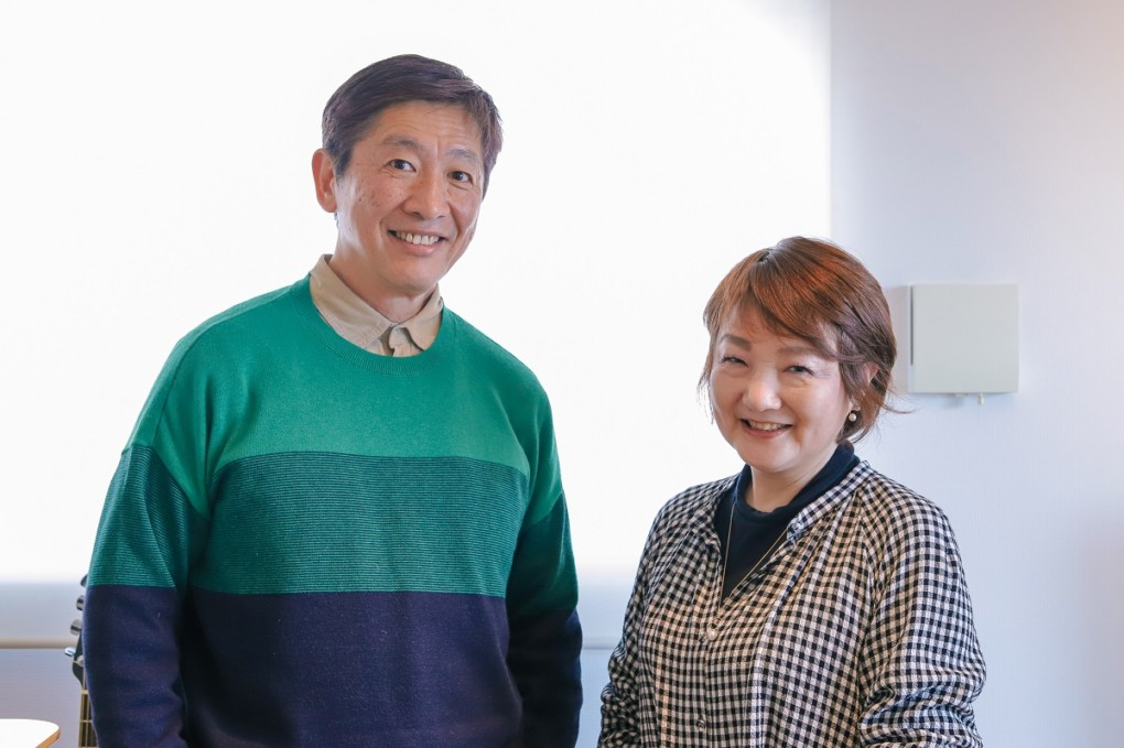 photo of interviewer and ide-san